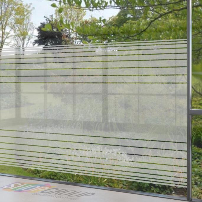 Zelfklevende raamfolie gestreept